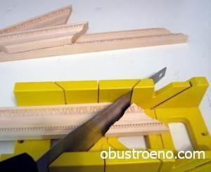 Прирезка деревянной галтели ножовкой по дереву.