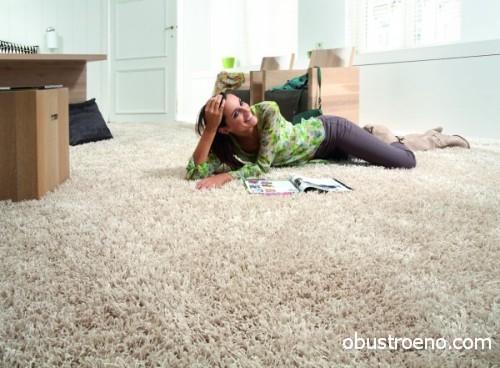 По такому полу можно не только ходить, но и отдыхать на нём