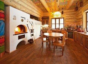 Большая печь – традиционное решение, которое подходит и для обогрева, и для приготовления пищи