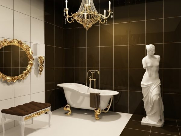 Дополнение интерьера ванной с помощью напольной статуэтки в натуральную величину