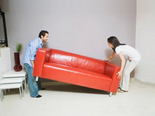к чему снится передвигать диван