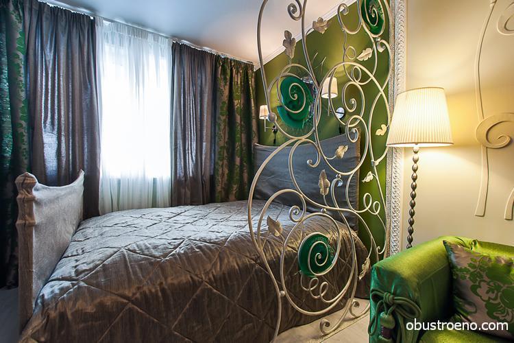 Фото кованых изделий в интерьере спальни