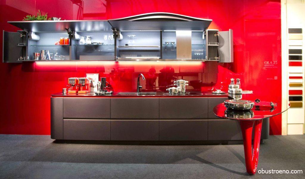 Кухня Ola от студии Пининфарина, мне она напоминает Ferrari