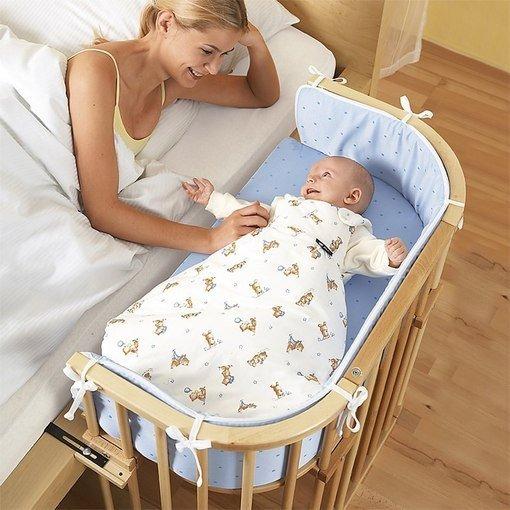 Как должны спать новорожденные в кроватке фото
