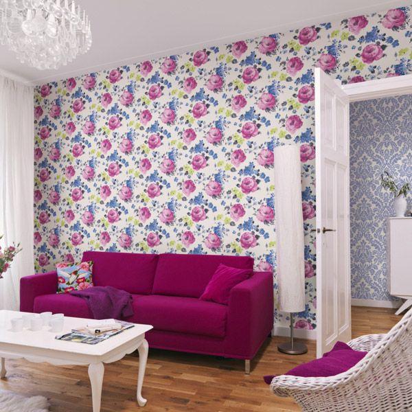 Розы на стене в интерьере - Дачный мастер