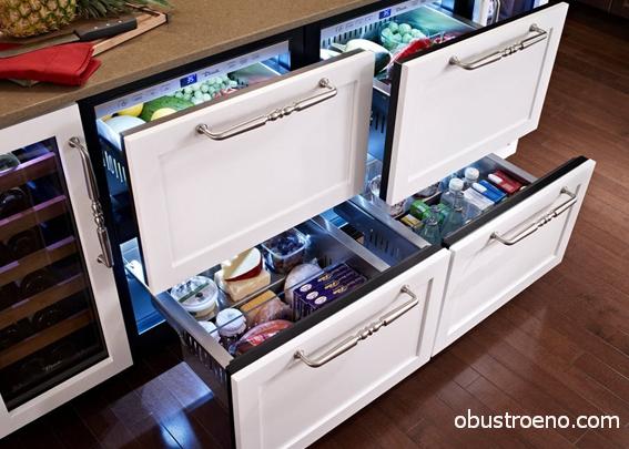 Сегодня встроенным может быть все, даже горизонтальный холодильник