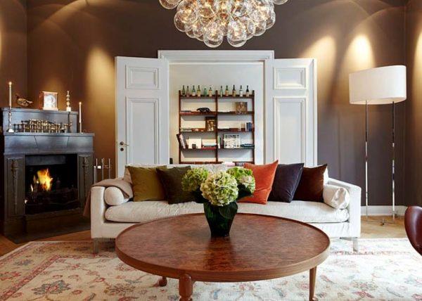 Белый и шоколадный – одно из наиболее распространенных сочетаний для классического стиля и стиля модерн