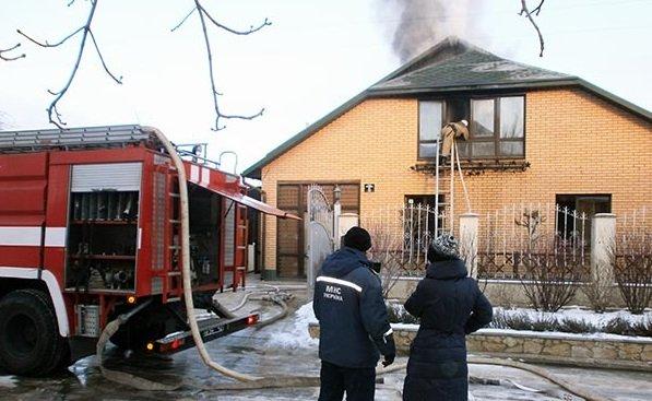 Чистить трубы нужно аккуратно, чтобы не спалить весь дом.