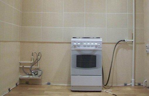 Для переноса плиты использован кислородный шланг на штуцерах.
