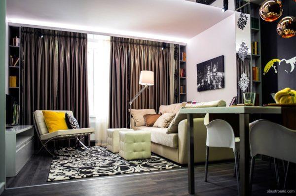 Интерьер комнаты 18 кв м – гостиная-спальня, объединившая поп-арт и классику