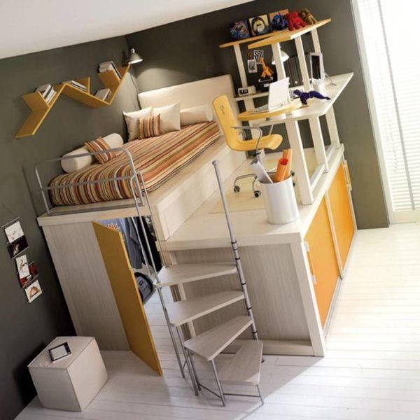 Каждый сантиметр комнаты в общежитии должен выполнять свою функцию