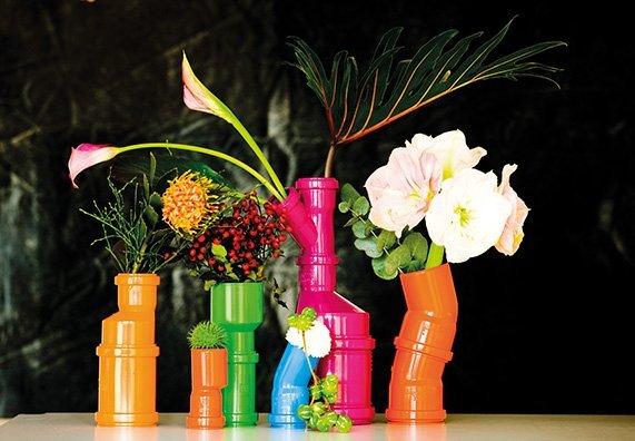 na-pervyy-vzglyad-i-ne-skazhesh-chto-eti-yarkie-dekorativnye-ele Как сделать вазу из банки своими руками: 6 способов и 50 фото