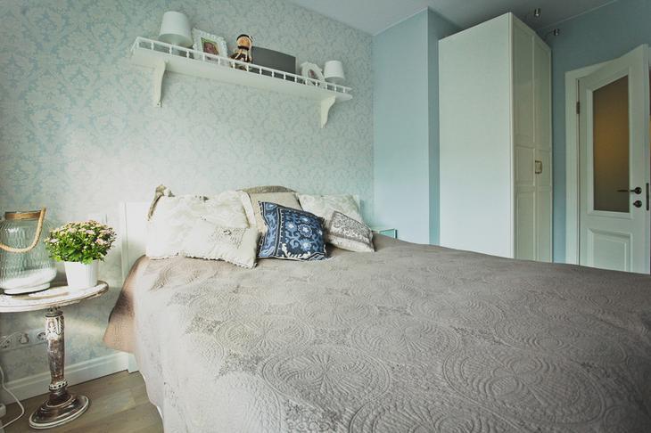 Общий вид на спальню