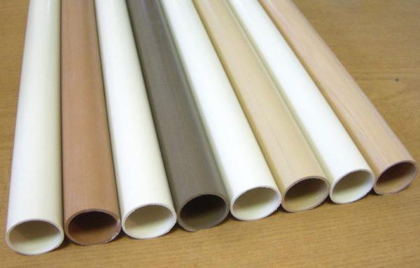 ПВХ трубы используются не только для утилизации воды, но и для водопровода.