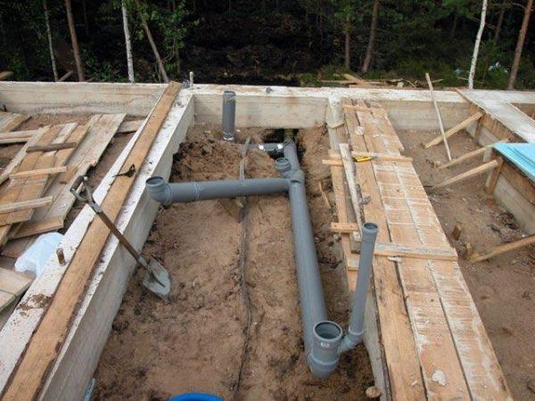 Разводка труб при строительстве