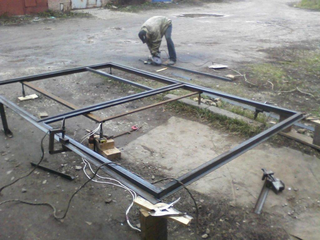 Как сделать гараж из профтрубы