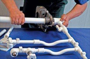 Сваривание труб нужно производить только при плюсовой температуре воздуха.