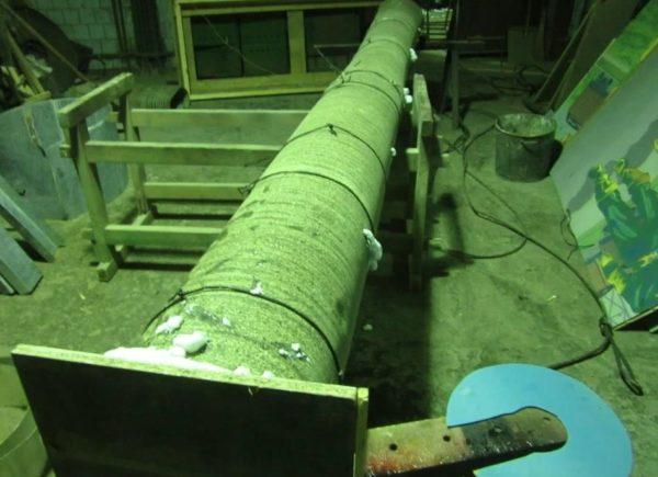 Так выглядит утепленный трубопровод