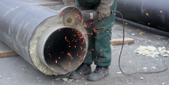 Чем отпилить металлическую трубу