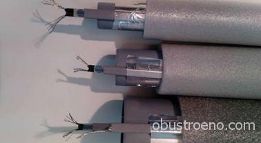 Утепленные трубы с кабельным обогревом.