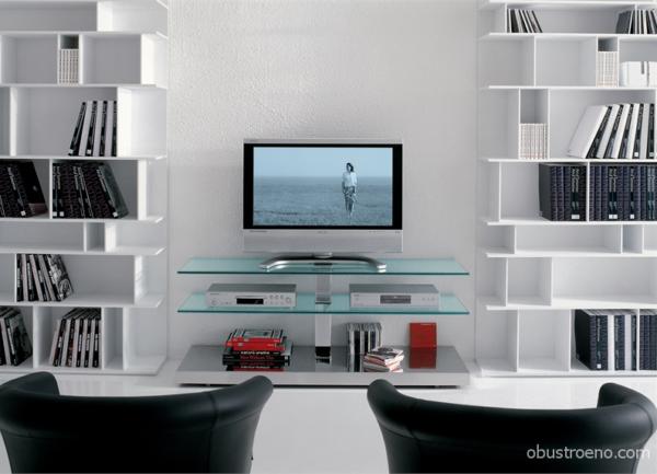 Вариант оформления зоны под телевизором (тумба LTV2V Pusha, цена – от 70 000 руб.)