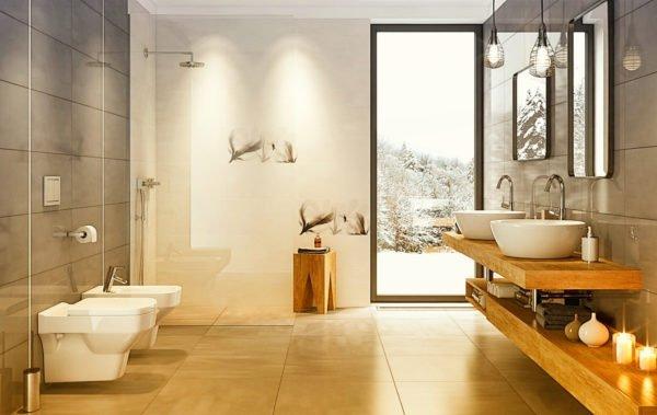 Декоративная плитка в ванной необязательно должна быть контрастной и массивной