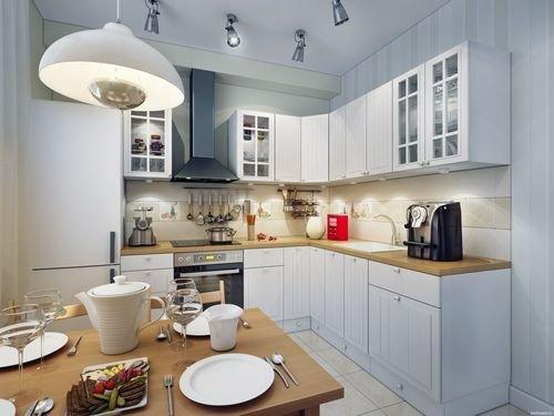 Эта кухня отделена перегородкой