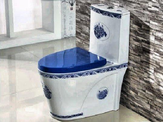 Фарфоровые изделия зачастую украшаются богатым декором