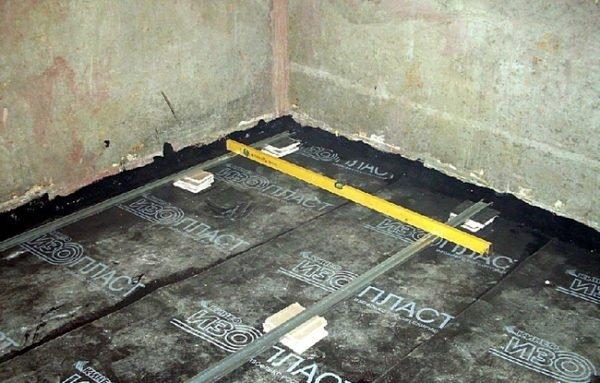 Гидроизоляция пола в ванной – обязательный этап ремонта.