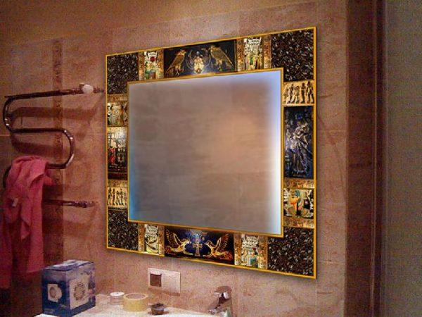 Готовое зеркало в расписной раме