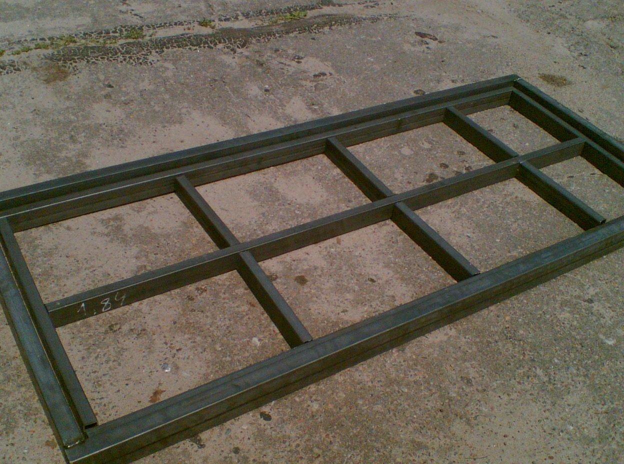 Металлическая дверь из профтрубы своими руками