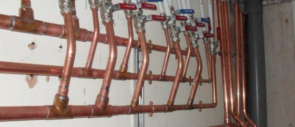 Медный водопровод – очень дорогое решение.