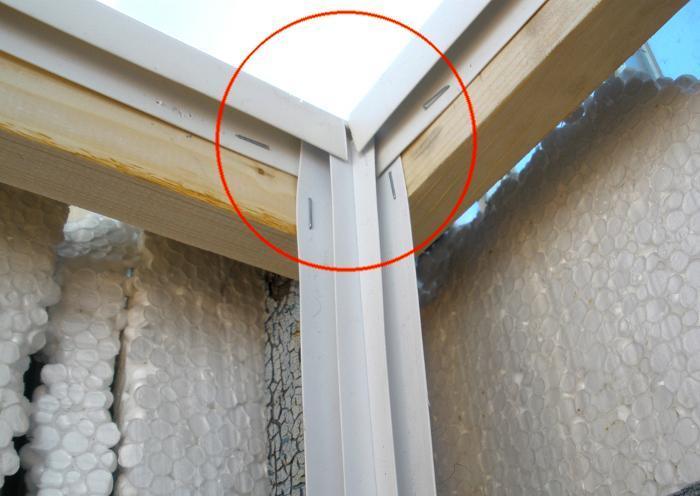 Как обшить балкон своими руками пластиковыми панелями