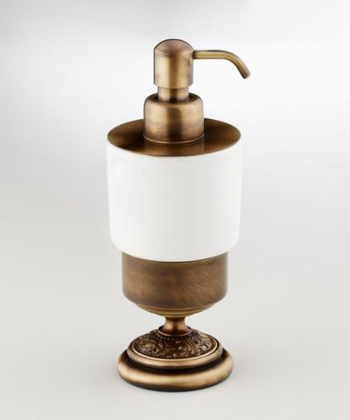 Настольный дозатор для жидкого мыла с фарфоровым корпусом