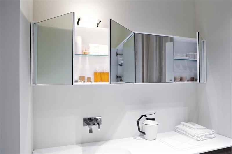 Шкаф зеркальный для ванной комнаты своими руками