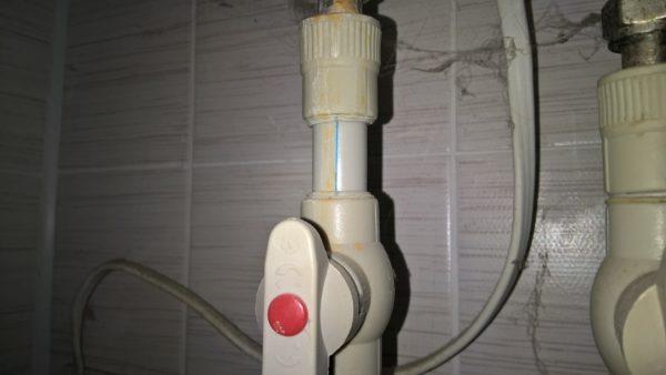 Полипропилен использован в качестве подводки к бойлеру.