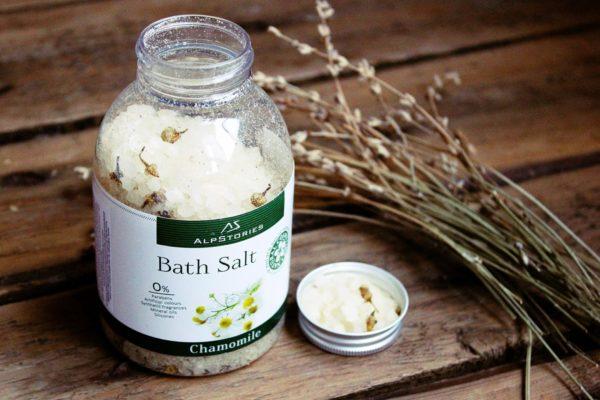 Расслабляющая соль для ванн с ромашкой от Alpstories