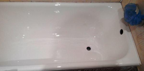 Результат качественной реставрации чугунной ванны