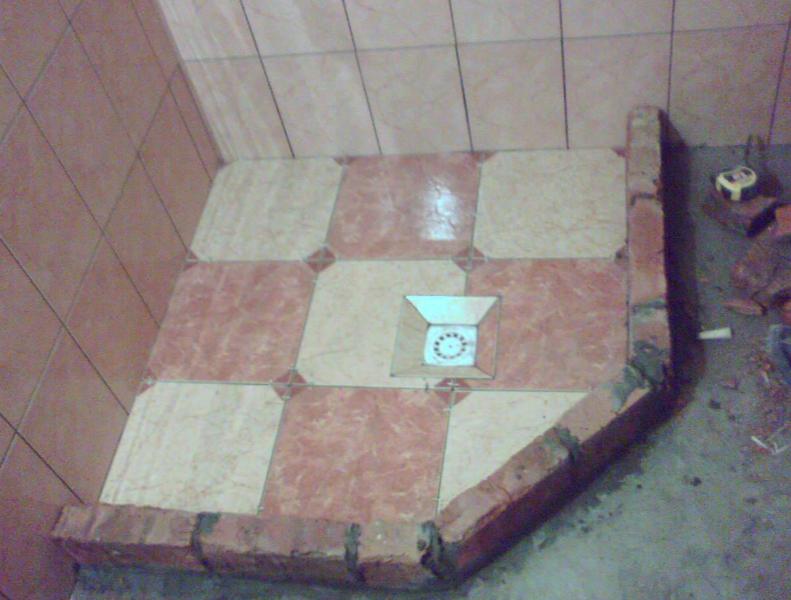 Самодельный поддон из плитки