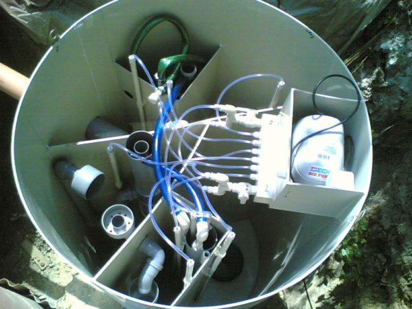 Станция биологической очистки имеет все необходимое оборудование для удаления твердых донных отложений.