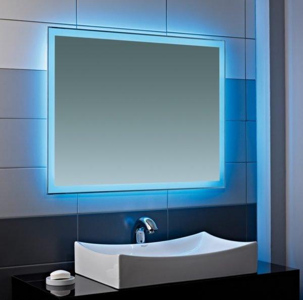 Цветная подсветка преображает помещение