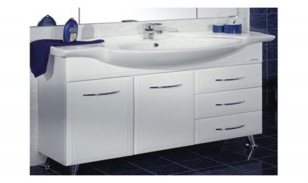 Умывальники в ванную комнату с тумбой часто продаются в виде готового комплекта.
