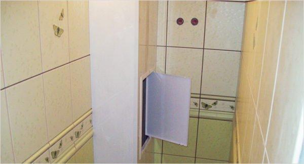 В готовый короб нужно установить ревизионную дверцу.
