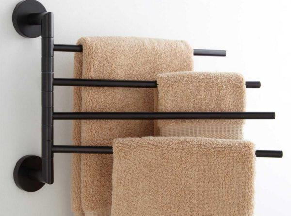 Вертушка позволит полотенцам сушиться на расстоянии друг от друга.