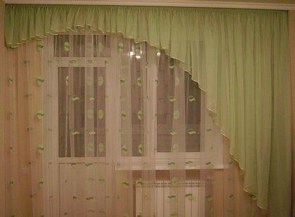 Ассиметричные шторы для балконного блока