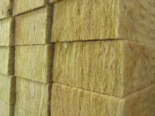 Базальтовая вата – экологичный и эффективный утеплитель.