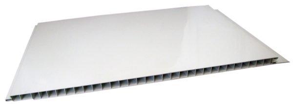Белая глянцевая стеновая панель. Прочность можно визуально оценить по толщине стенок и перегородок.