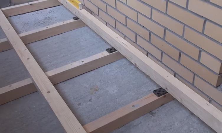 Как постелить пол на балконе своими руками видео