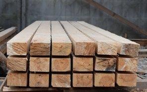 Для лагов понадобится деревянный брус.