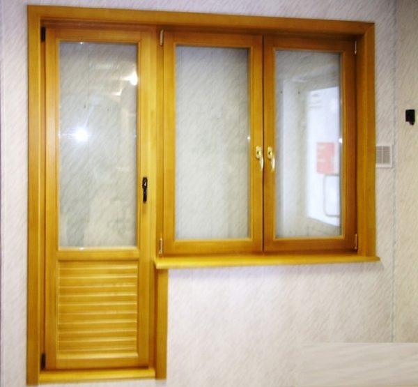 Дверной блок должен быть оснащен качественной фурнитурой, чтобы его не перекосило через год